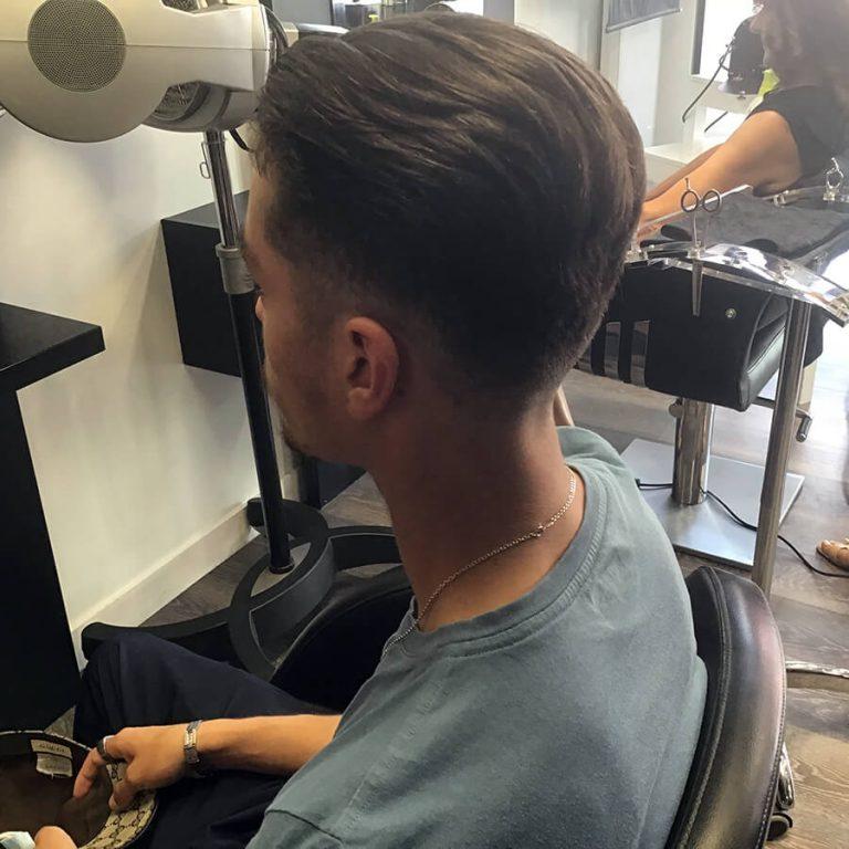 Réalisation coupe homme par votre coiffeur homme à La Tranche sur Mer